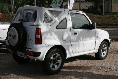 occasion suzuki jimny carburant essence annonce. Black Bedroom Furniture Sets. Home Design Ideas