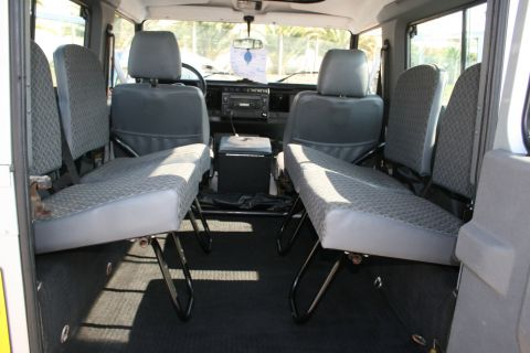 occasion land rover 90 defender carburant diesel annonce land rover 90 defender en corse n. Black Bedroom Furniture Sets. Home Design Ideas