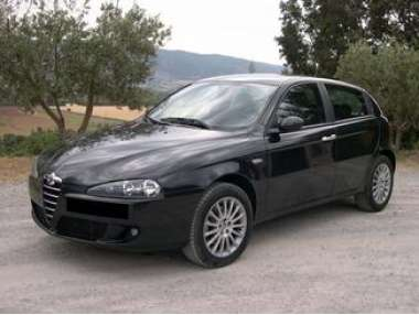 occasion alfa romeo 147 carburant essence annonce. Black Bedroom Furniture Sets. Home Design Ideas
